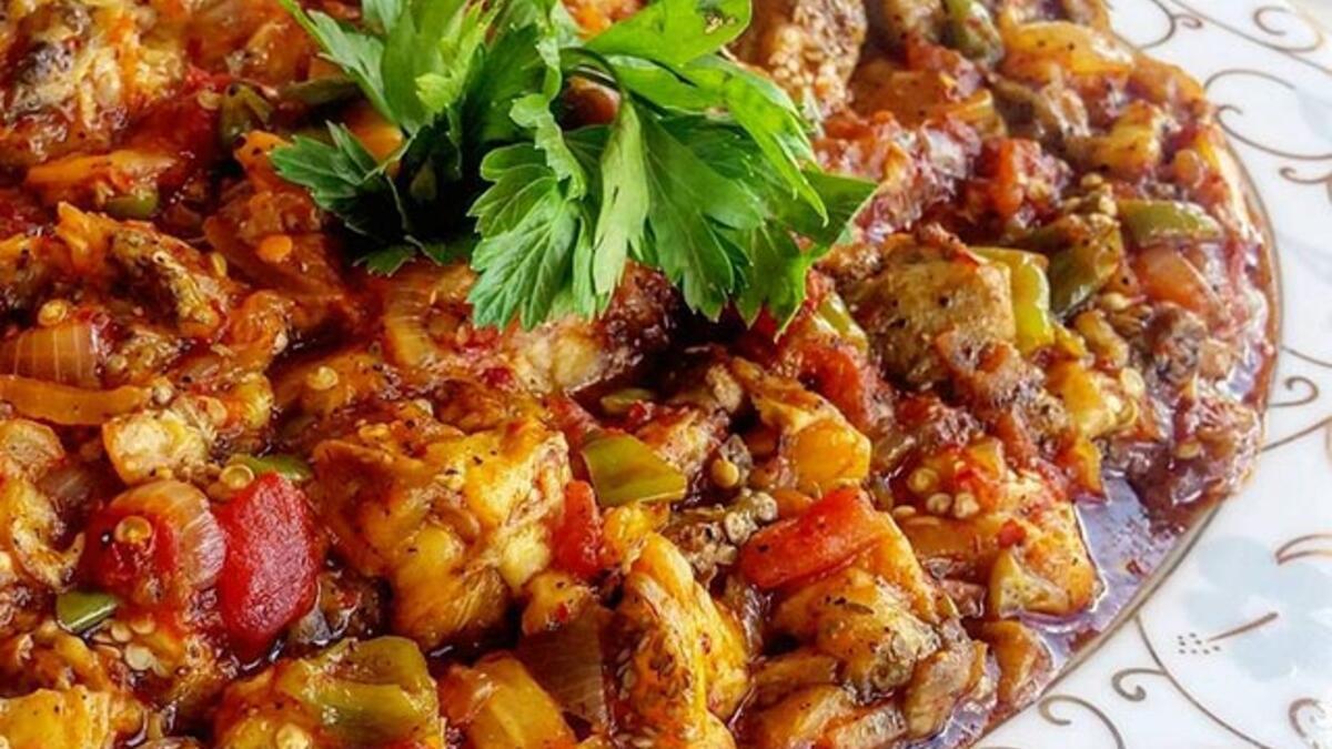 Adana Usulü Etsiz Patlıcan Tava Tarifi