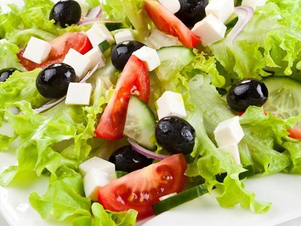 Akdeniz Salata Tarifi