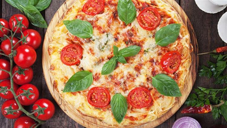 Domatesli Kıymalı Pizza Tarifi