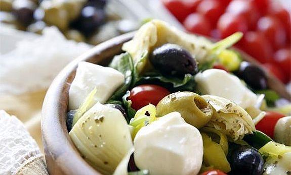 Girit Zeytin Salatası Tarifi