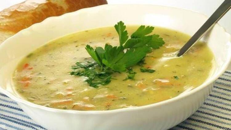 Lahanalı Sebze Çorbası Tarifi