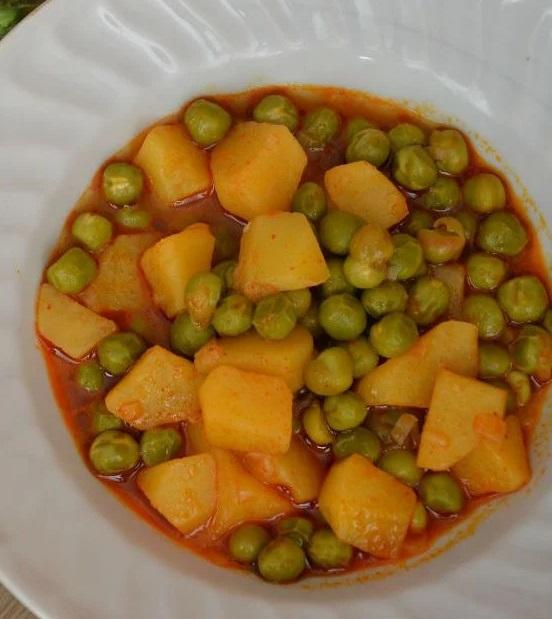 Bezelyeli Patates Yemeği