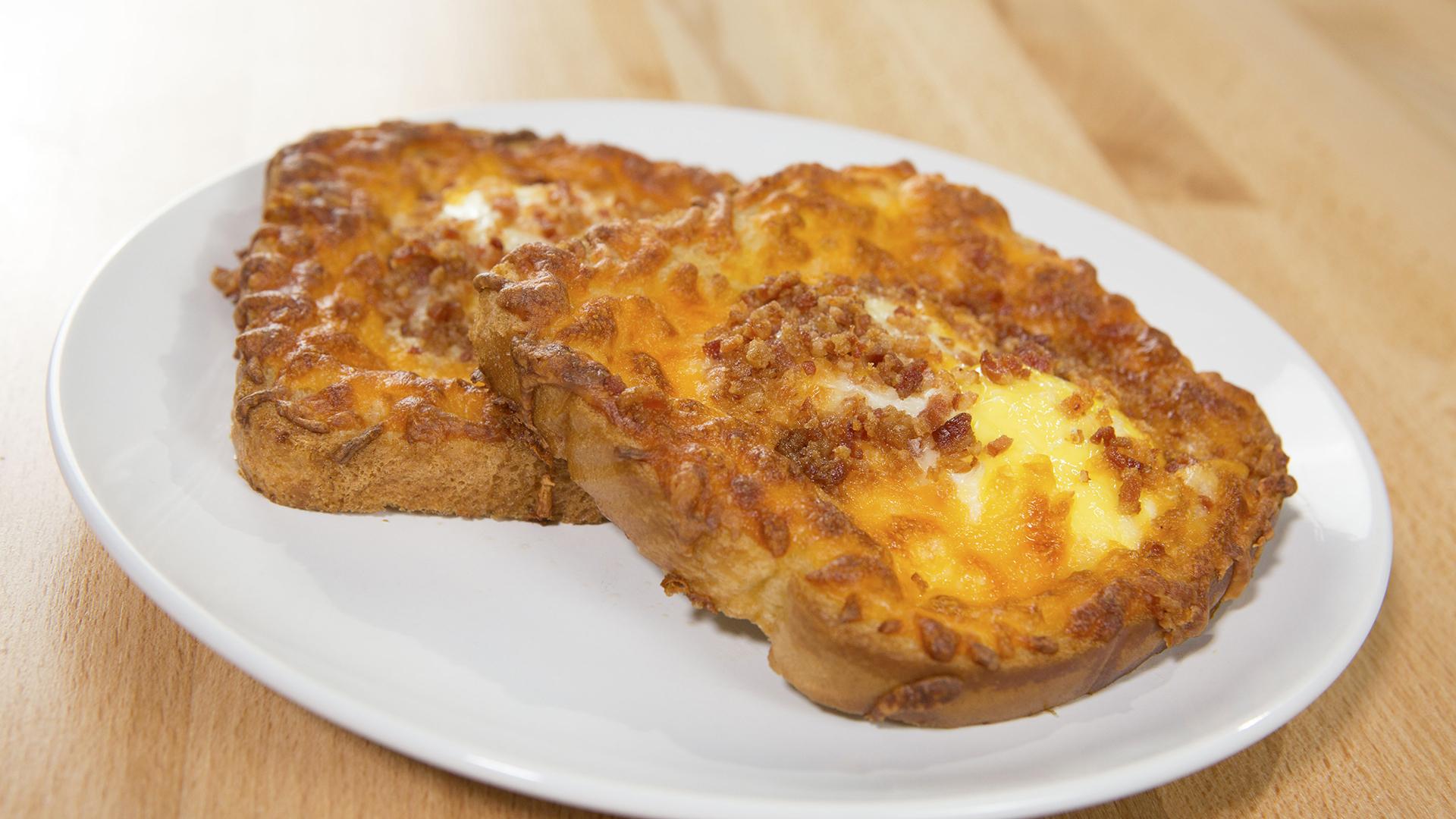 Etli Tost Ekmeği Tarifi