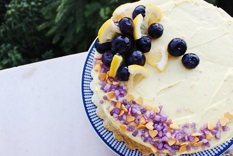 Yaban Mersinli Limonlu Pasta Tarifi