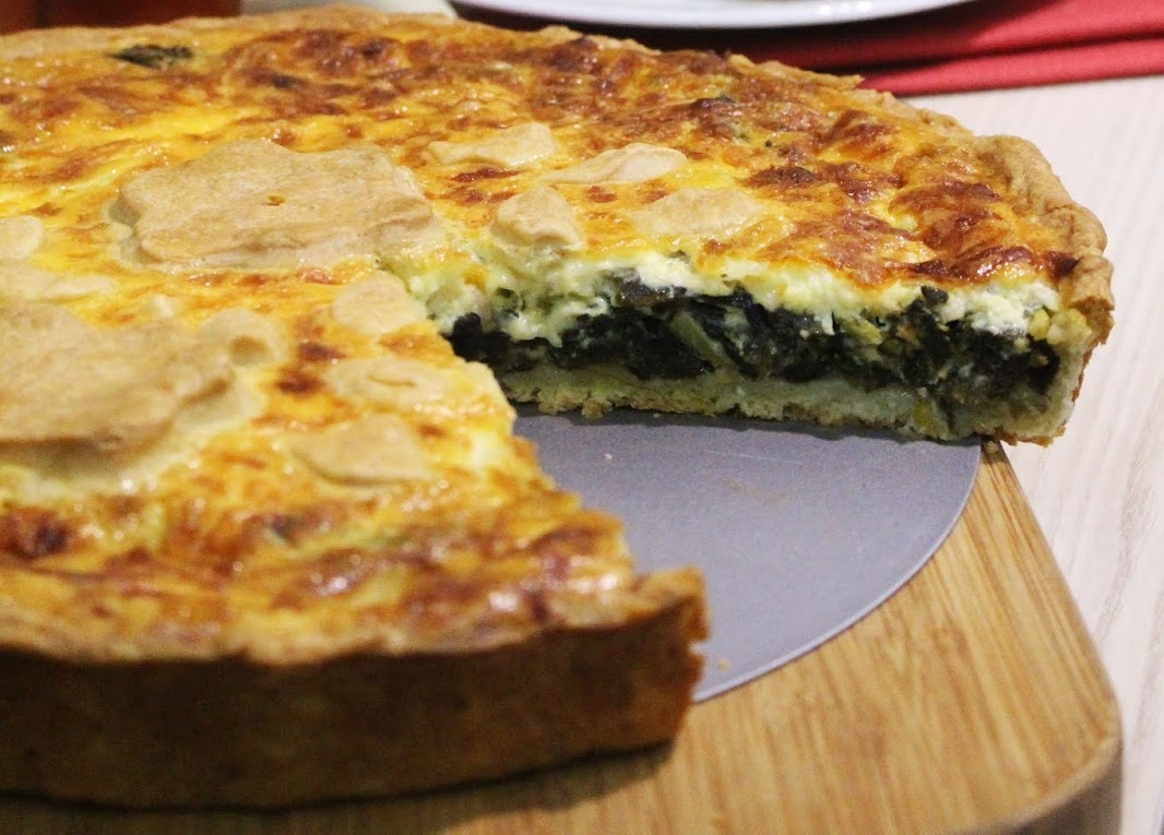 Ispanaklı Peynirli Kiş Tarifi