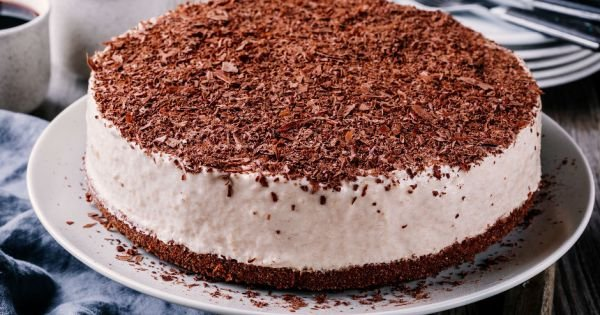 8 Kişilik Kolay Pasta Tarifi