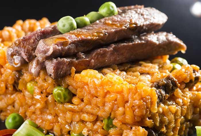 Biftek Etli Pirinç Pilavı Tarifi